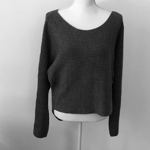 CALVIN KLEIN High-low sweater size large